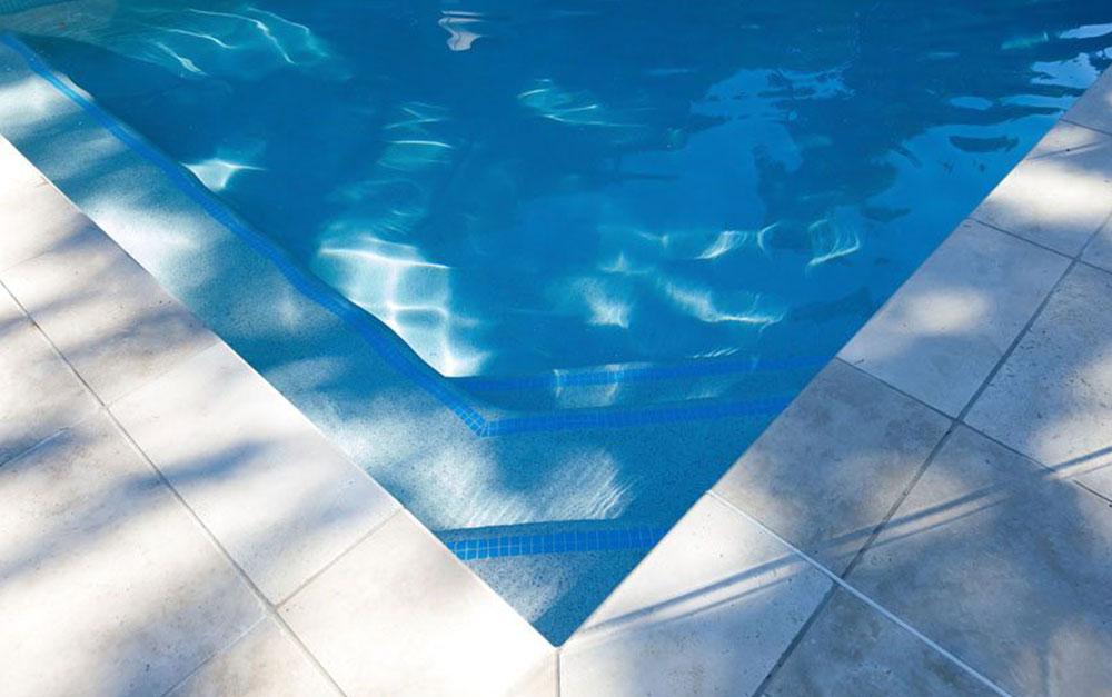 Lan Cove Concrete Pool Steps